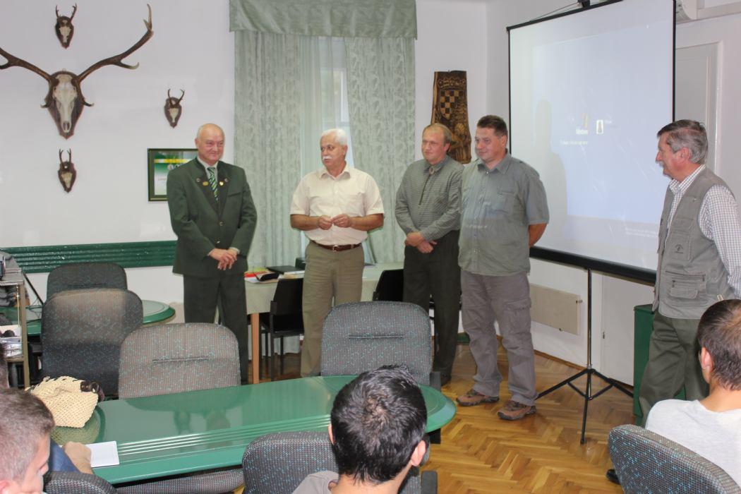 Upisi u tijeku za obrazovanje lovac, lovočuvar i ocjenjivač trofeja