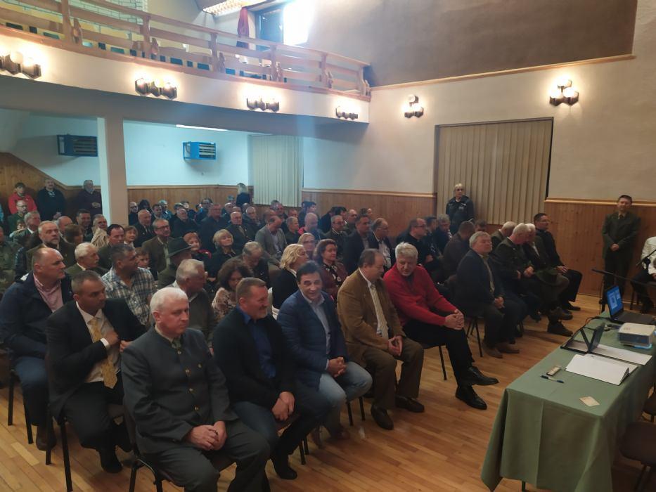 """Otvoren Srednjeeuropski uzgojni centar """"Tetrijeb"""" u Gorskom kotaru"""
